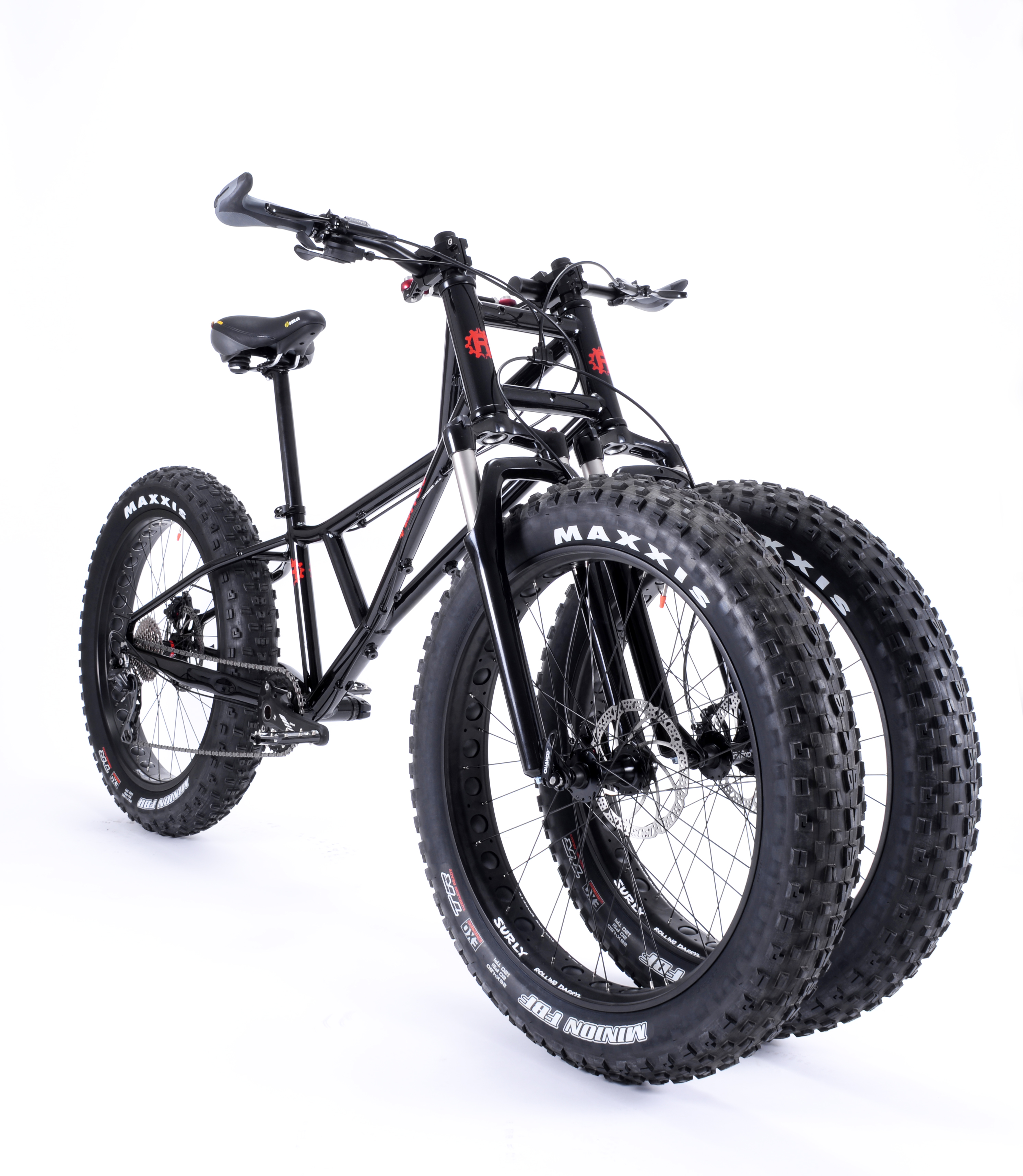 Jnaut-suspension-black-34-lo-angle